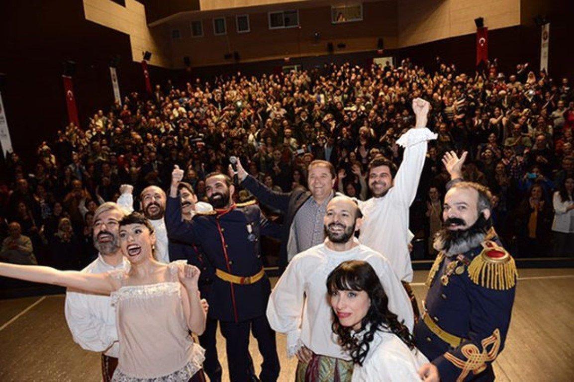 Tiyatro Festivali